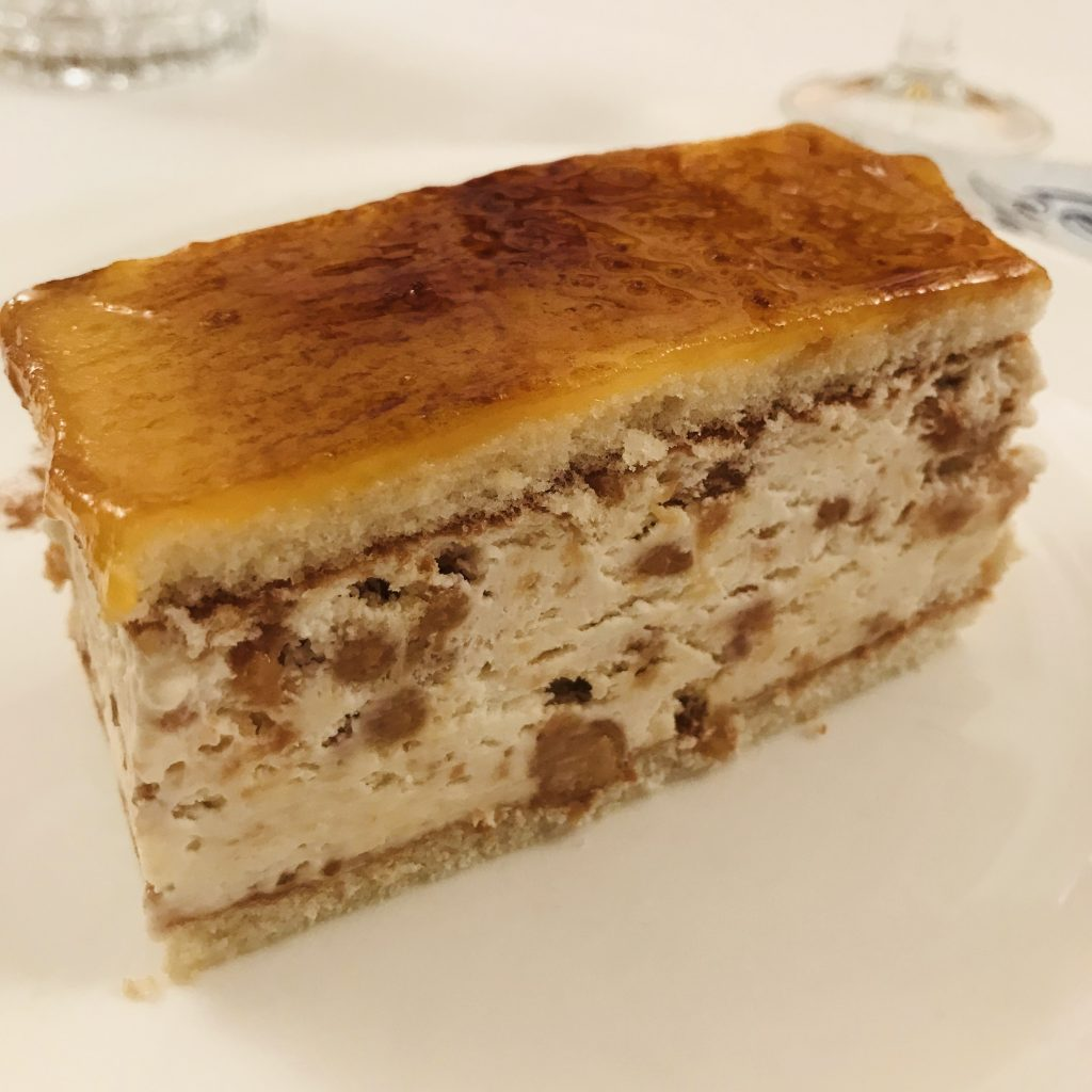 Tarta de Turrón Morales Restaurante