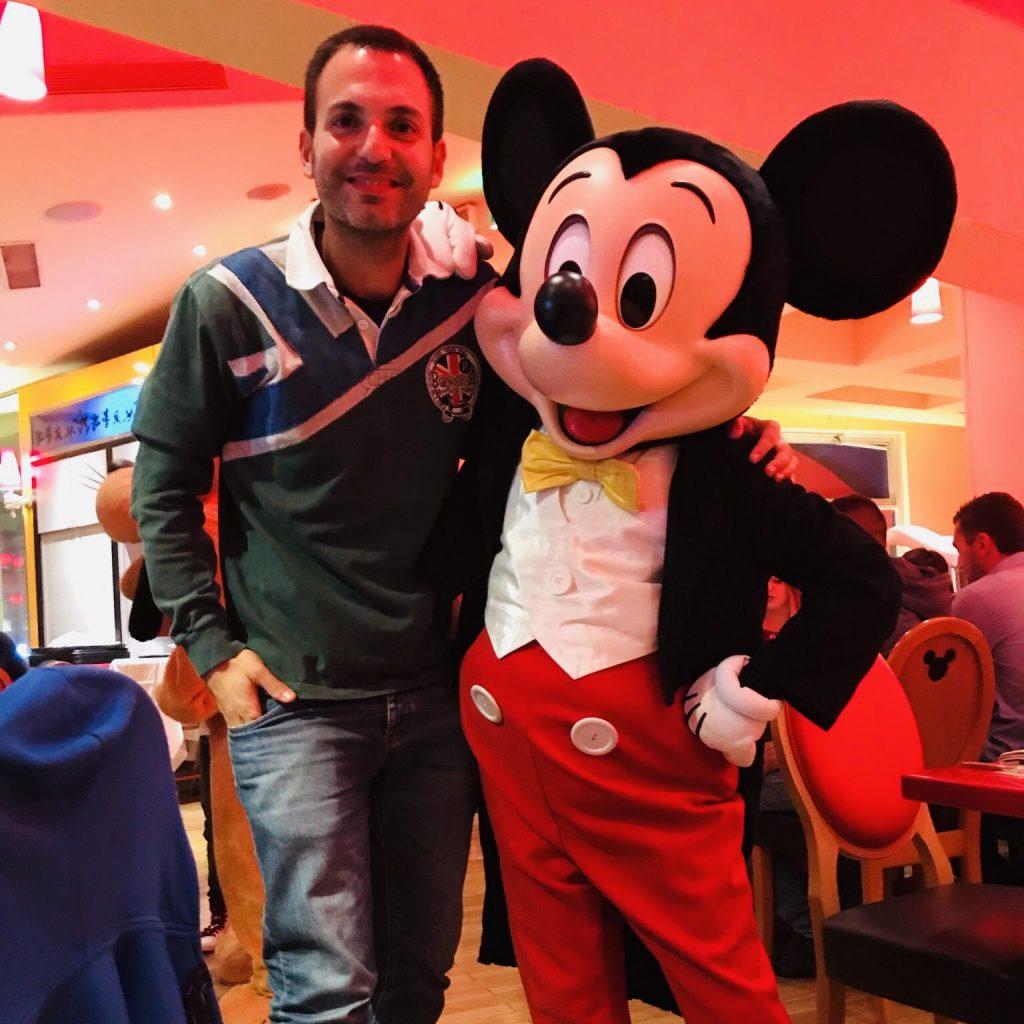 Comer en Disneyland París