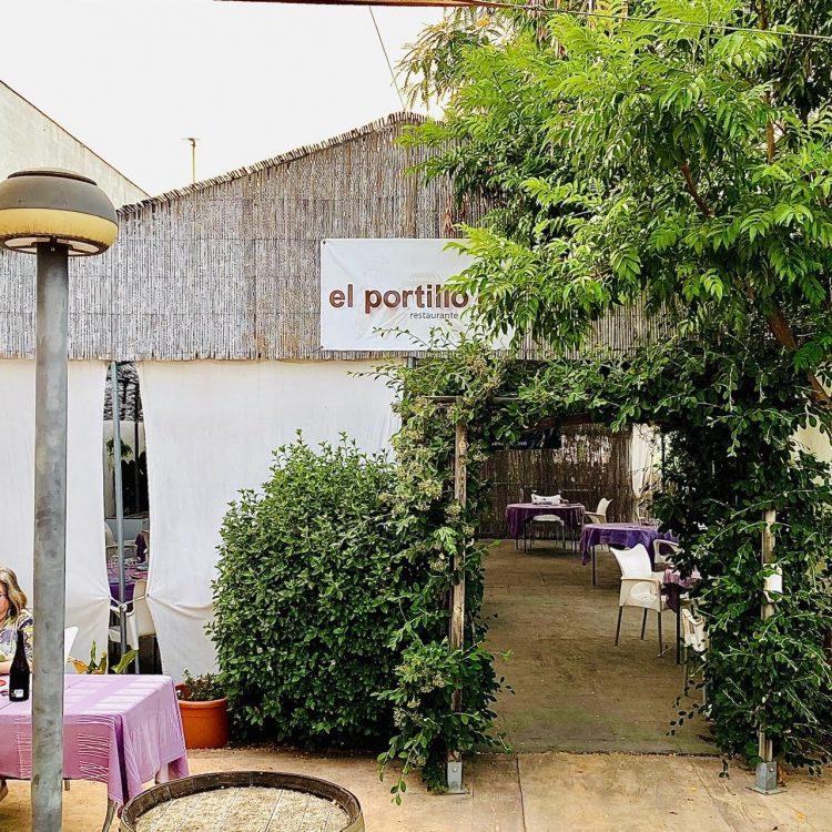 Restaurante El Portillo en Javalí Nuevo, espectáculo carnívoro
