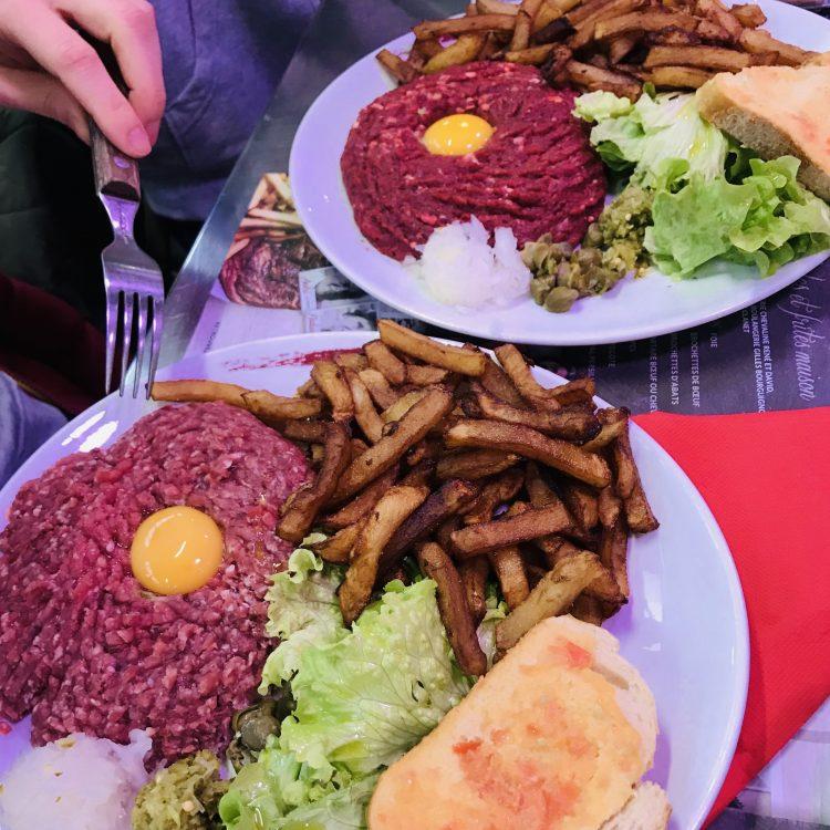 Steak tartar donde comer en Narbona