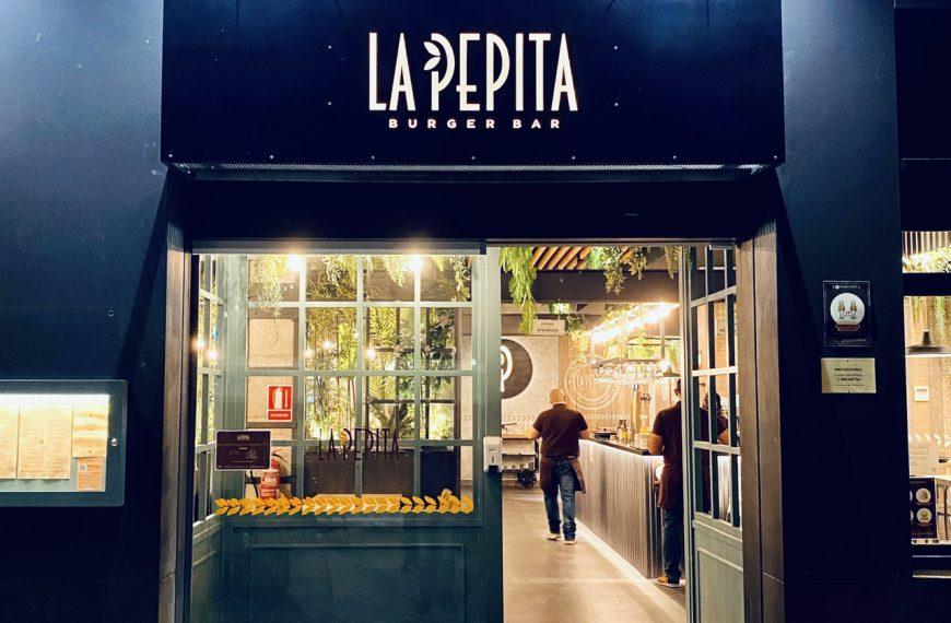 La Pepita Burger Murcia, buenas hamburguesas en su terraza
