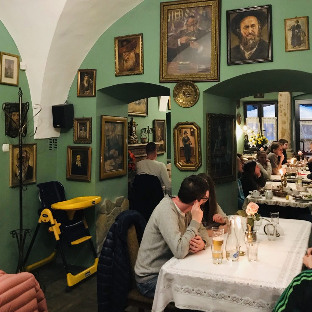 donde comer en Cracovia barato