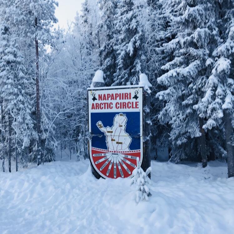 Círculo polar ártico Papá Noel en Laponia