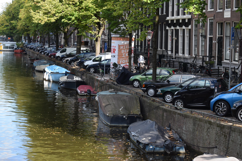 Holanda aparcar