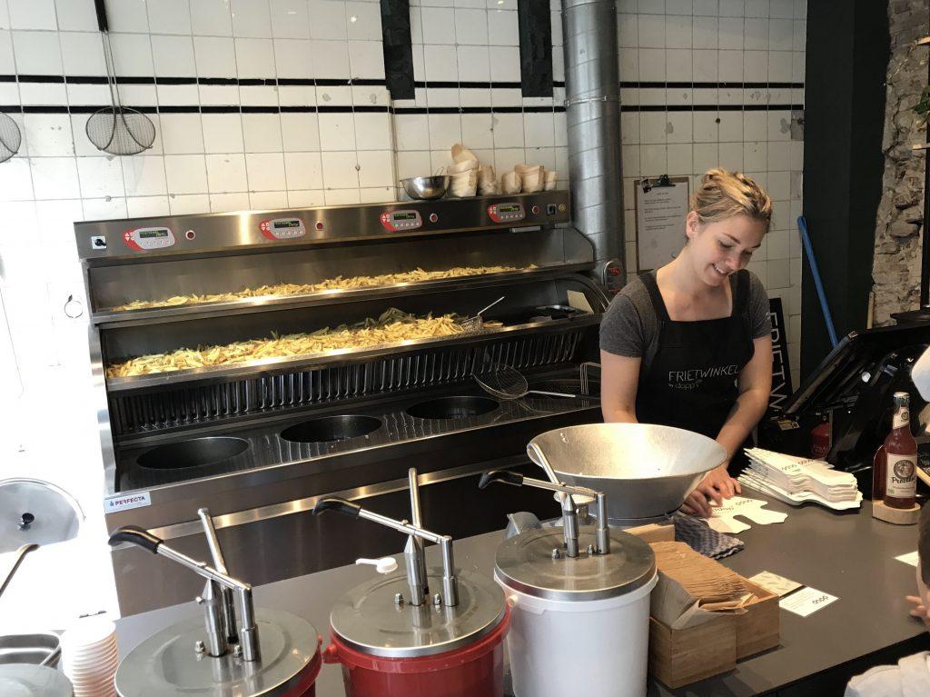 Patatas fritas Dapp Frietwinkel
